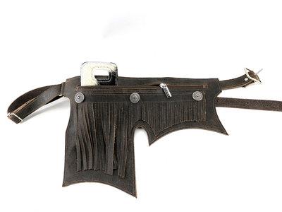 Koeienhuid/lederen heuptasje met verstelbare riem