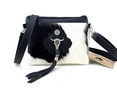 koeienhuid damestasje met verstelbare hengsel zwart-wit